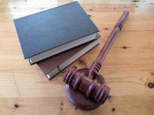 odmrażanie sądów